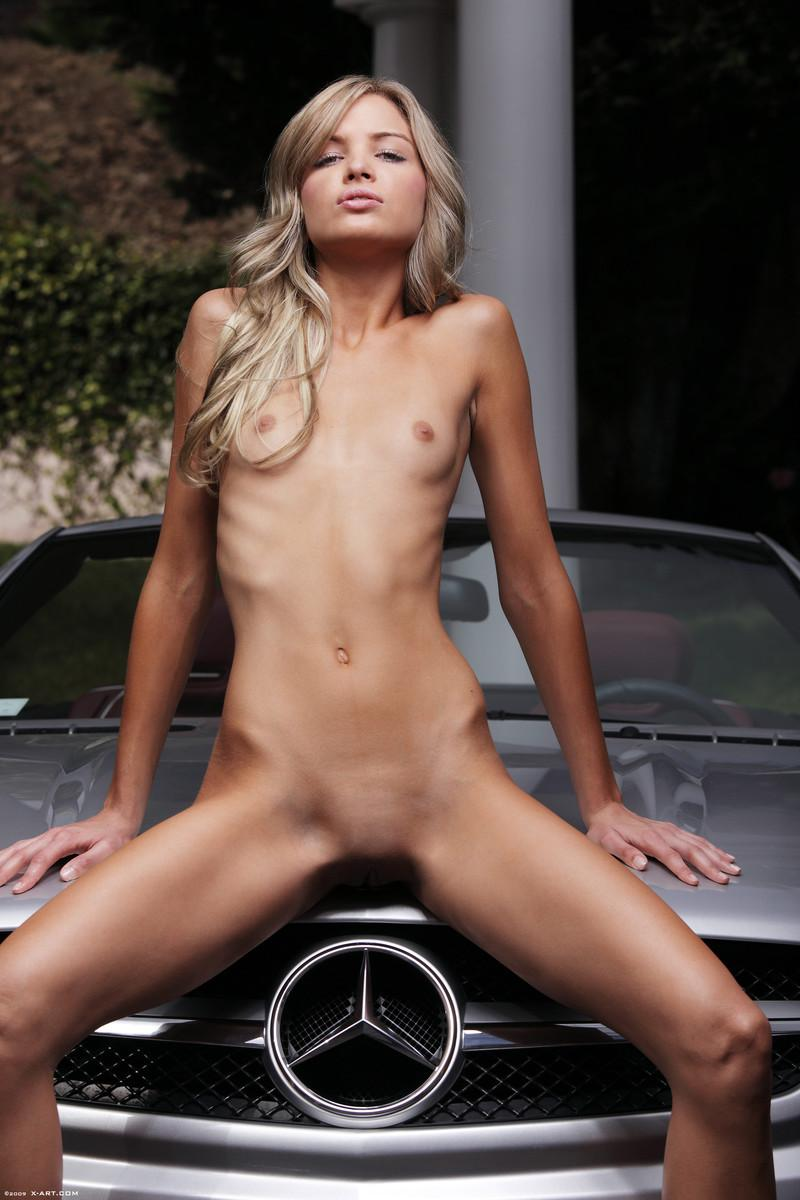 hot super skinny blonde girl naked