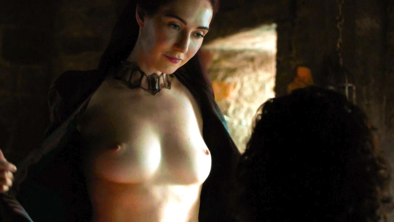 Carice-van-Houten-Topless-sexyboobs