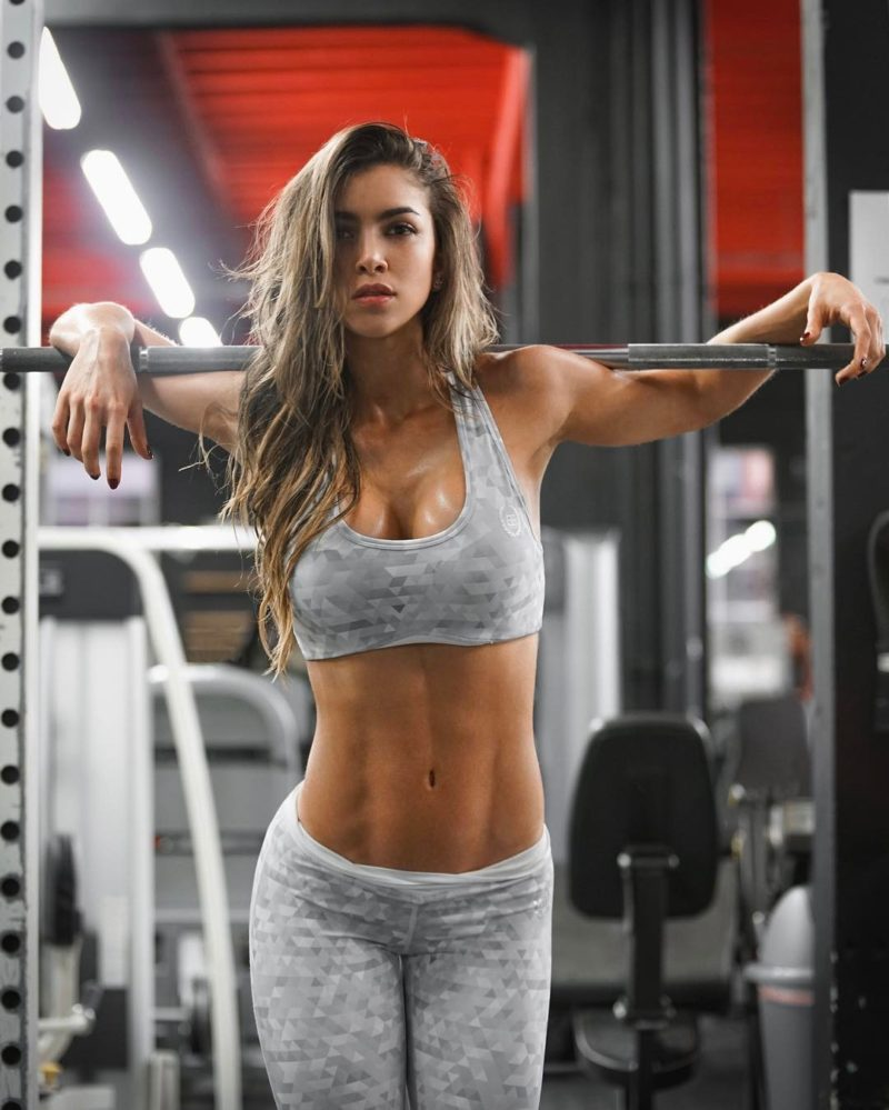 Anllela Sagra Colombian fitness babe lifting wights hot photos 2017 1