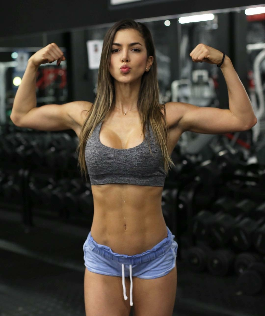 Anllela Sagra Colombian fitness babe muscles hot photos 2017